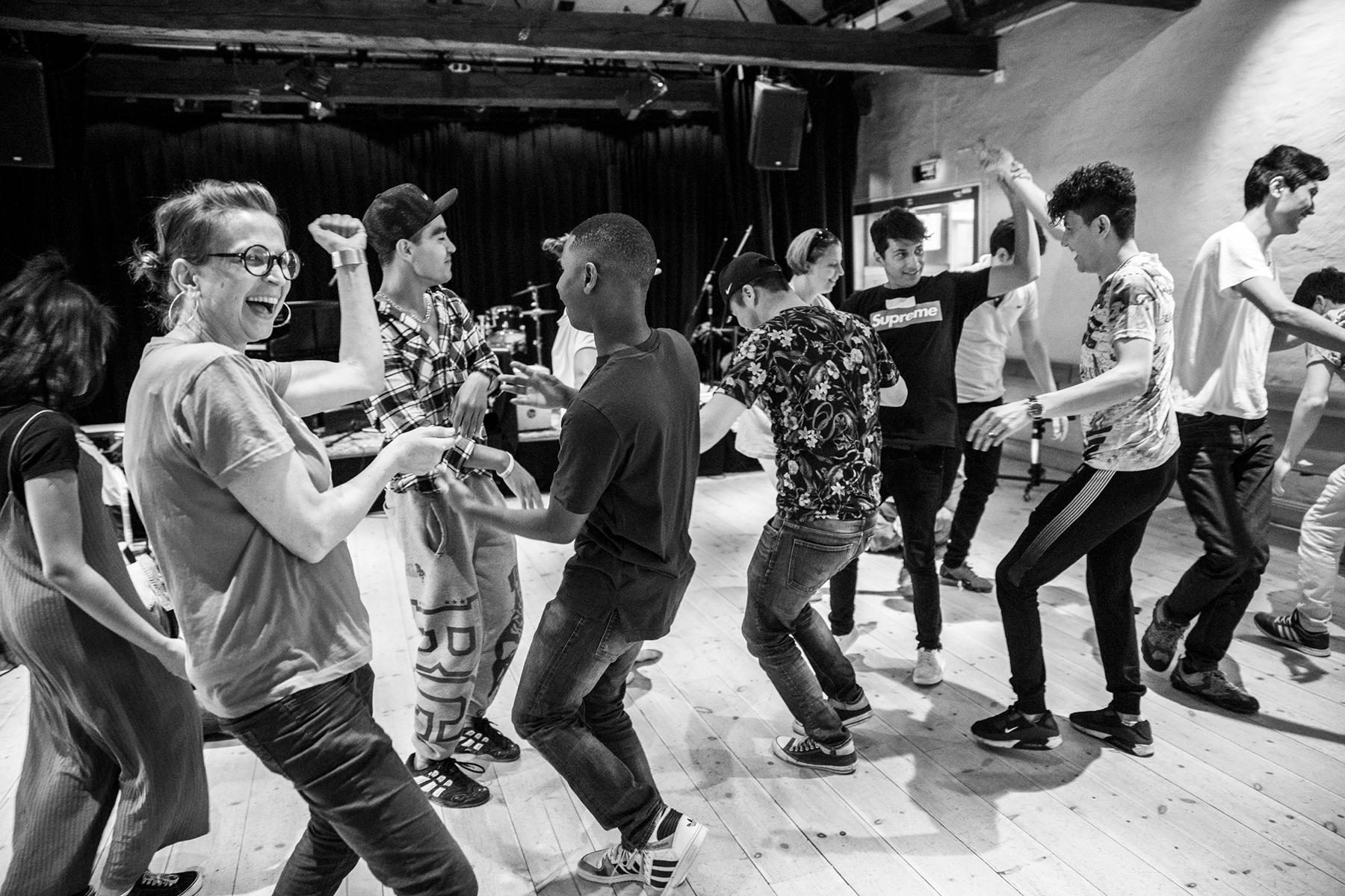 Arvsfondsprojektet Songlines vill att ungdomar ska känna sig välkomna och få möjligheten att uttrycka sig med kultur och musik.