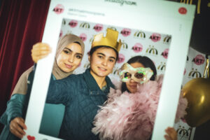 AKT på Malmö Opera ger fler unga vuxna kunskap om olika typer av yrken kopplade till konst och kultur.