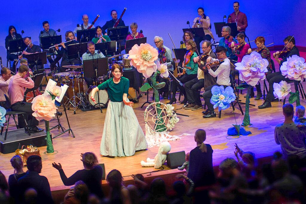 Spelglädje när bebisar och deras föräldrar deltar i Svenska Kammarorkesterns inspelningar.